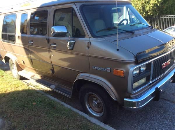 1995 GMC Vandura V8 Auto For Sale in Bridgeport, CT