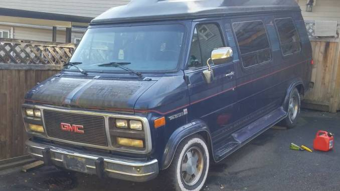 1994 GMC Palm Springs Edition w/ Wheelchair Lift in New